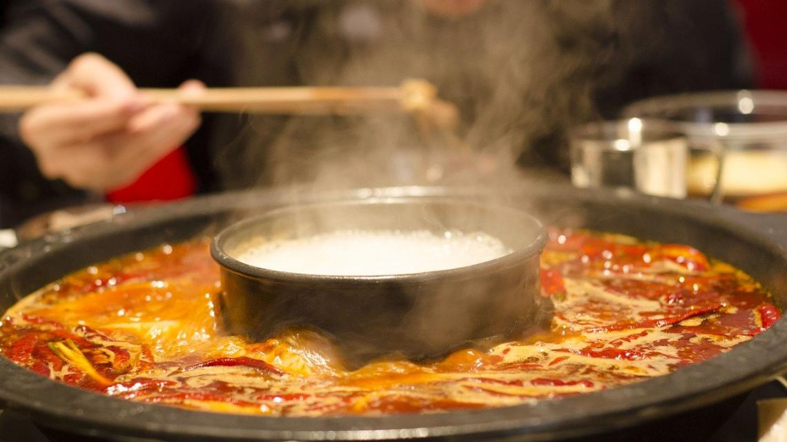 Eet op deze drie plekken de lekkerste Hotpot in Den Haag